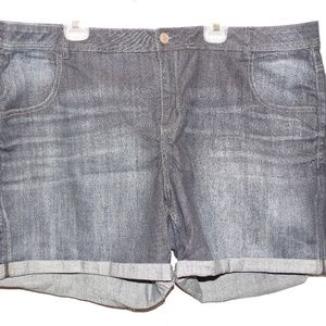 LANE BRYANT Dark Denim Jean Shorts Plus Size 26